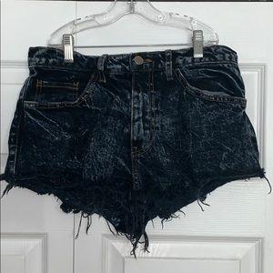 Dark Wash Mid/High Waist Distressed Shorts!